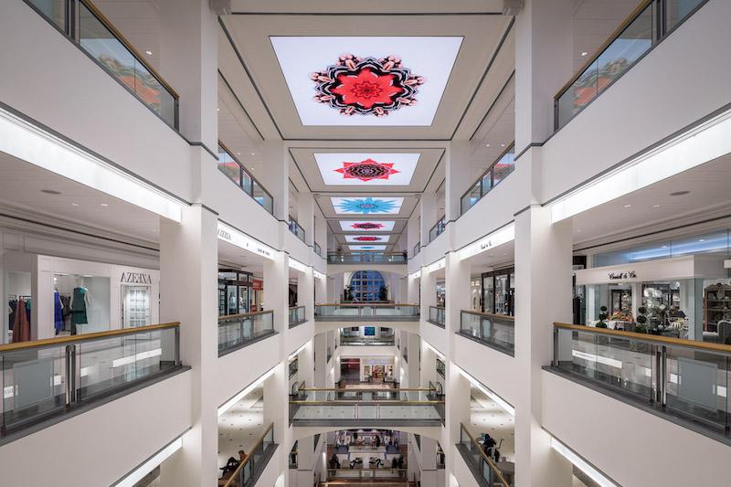 Shoppings em Chicago: interior do 900 North Michigan Shops