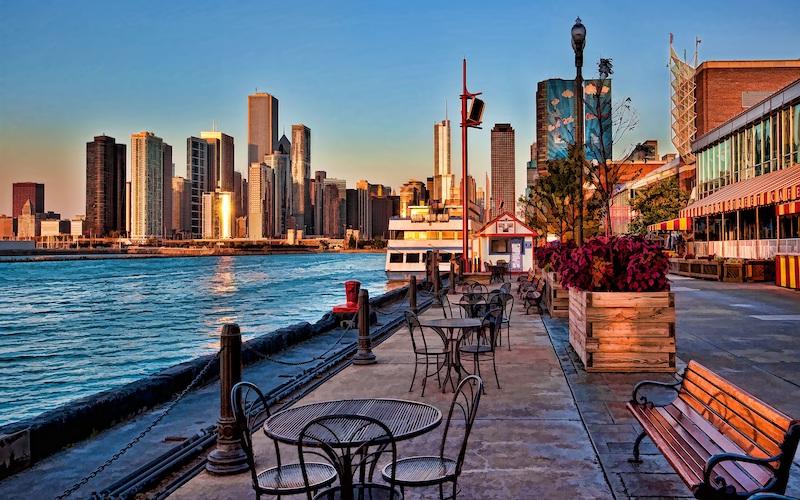 Pontos turísticos em Chicago: vista para o lago Michigan no Navy Pier