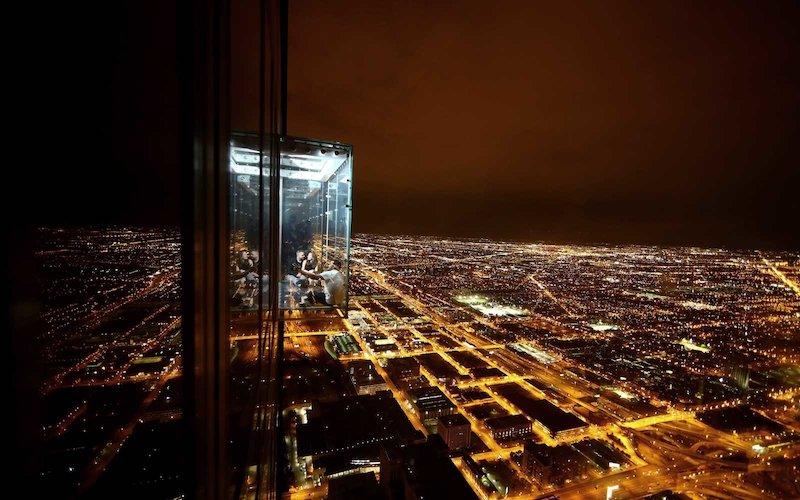Skydeck em Chicago: noite