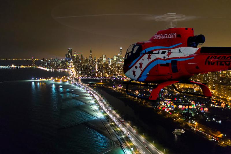 Onde comprar ingressos mais baratos em Chicago: passeio noturno de helicóptero
