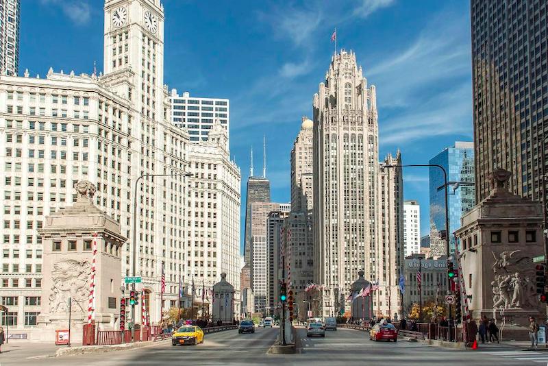 Como achar hotéis ótimos e baratos em Chicago: Chicago Riverwalk