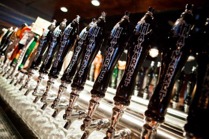 Melhores bares em Chicago: bar Haymarket Pub & Brewery