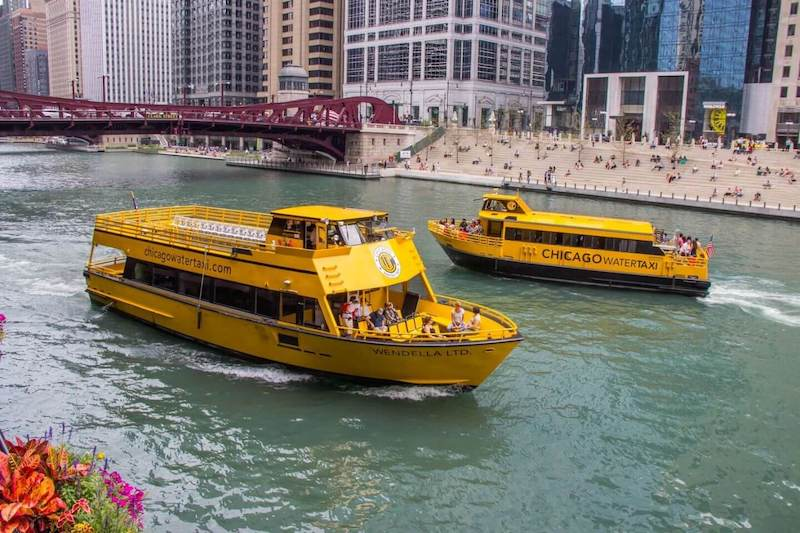 Chicago River: Water Taxi